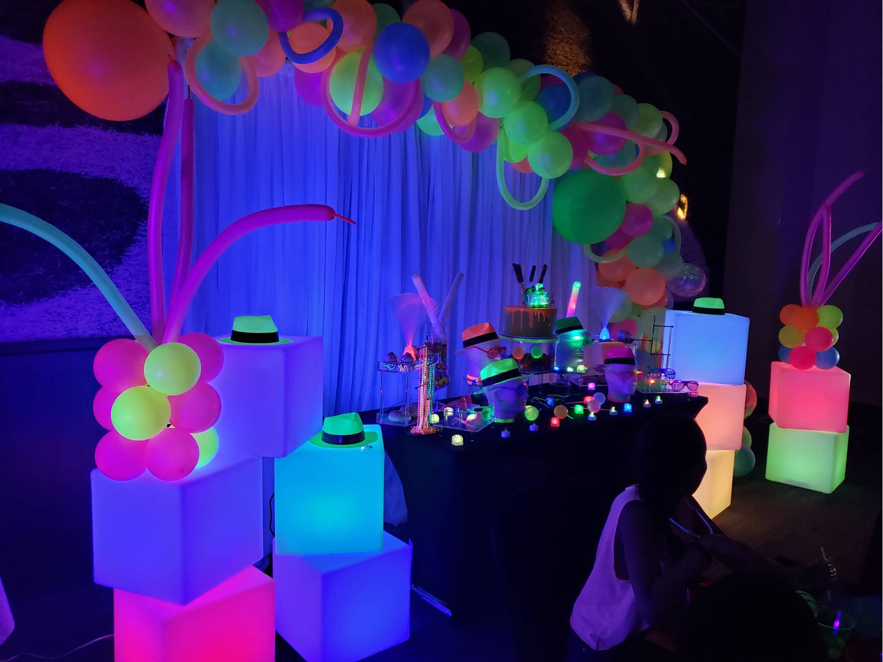 led-party-furniture-rental-long-island-4